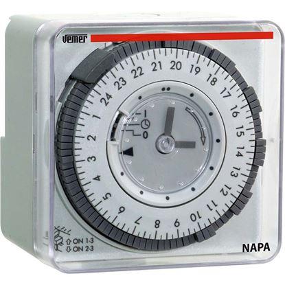 Immagine di Orologio meccanico giornaliero, 72x72 mm, alimentazione 230 V